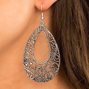 paparazzi IRIDESCENTLY IVY Teardrop Earrings~NWT!